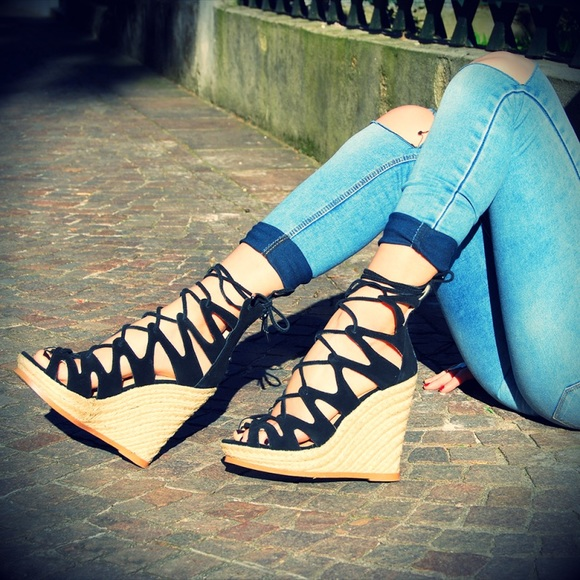 a615867b0b2 Steve Madden   THEEA Lace Up Wedges
